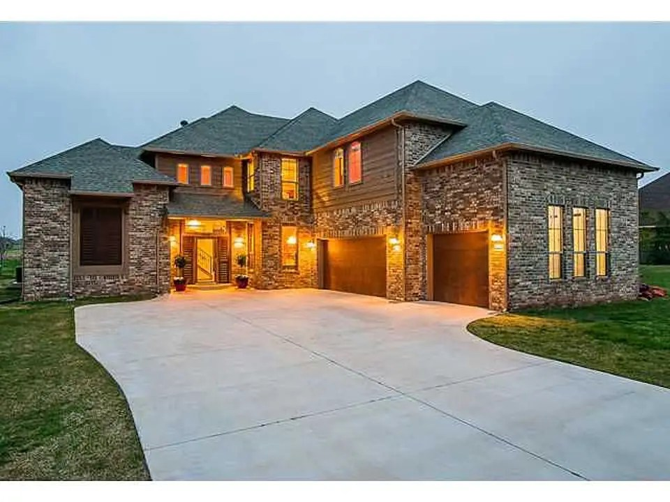 EDMOND, OK: $525,000 buys you a 4,376-square-foot home with four bedrooms and a heated pool.