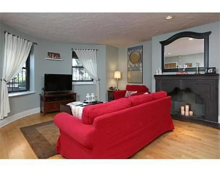 BOSTON, MA: $499,000 gets a two-bedroom, one-bathroom condo in the city's South End.