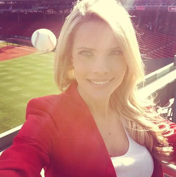 Kelly Nash' famous selfie