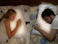 This Pillow Glows When Your Long-Distance Partner Goes To ...
