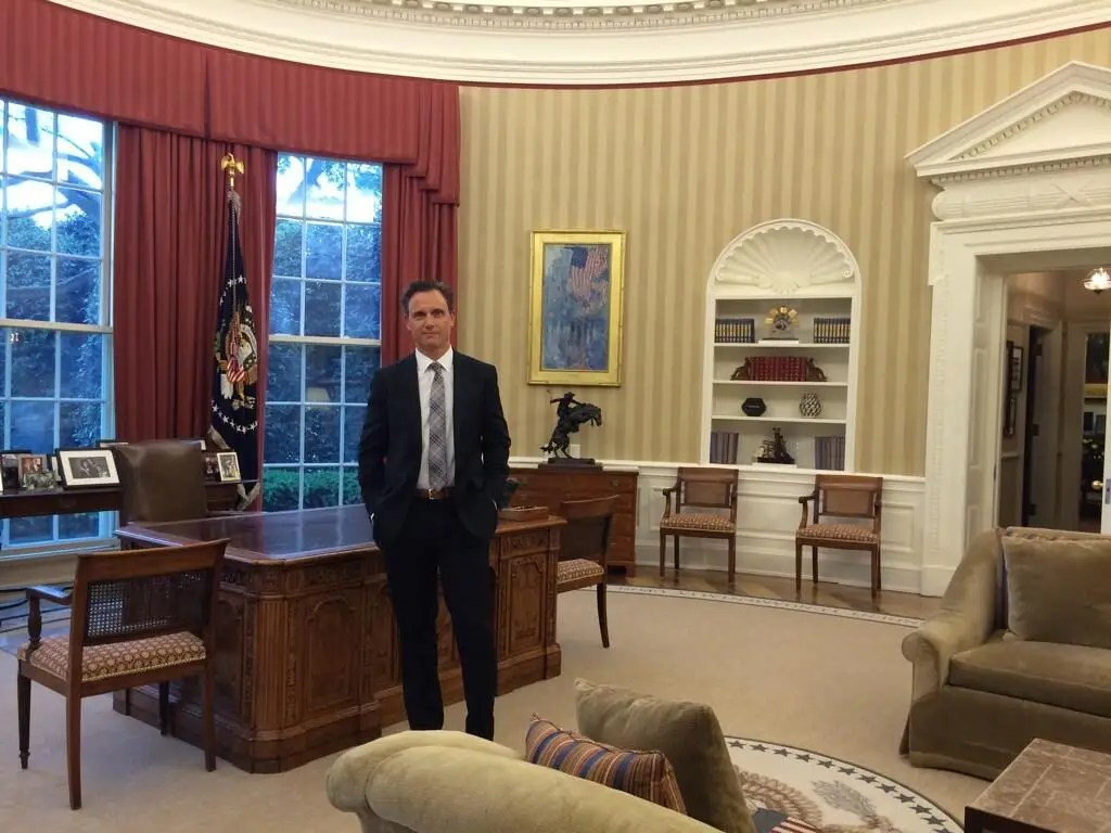The Fake President From Scandal Got Inside The Real Oval