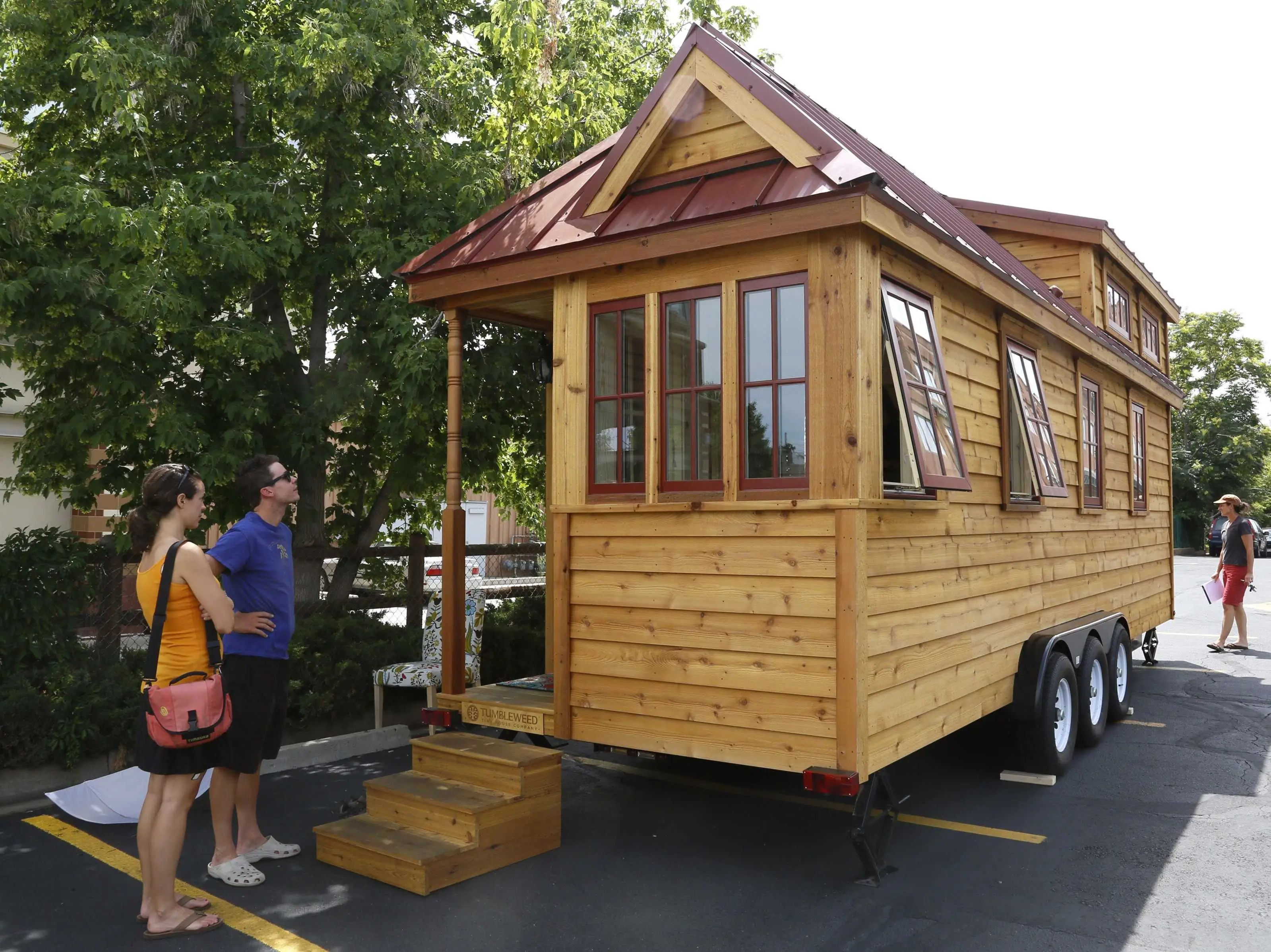 This Tiny House-On-Wheels Is Nicer Than A Lot Of Studio