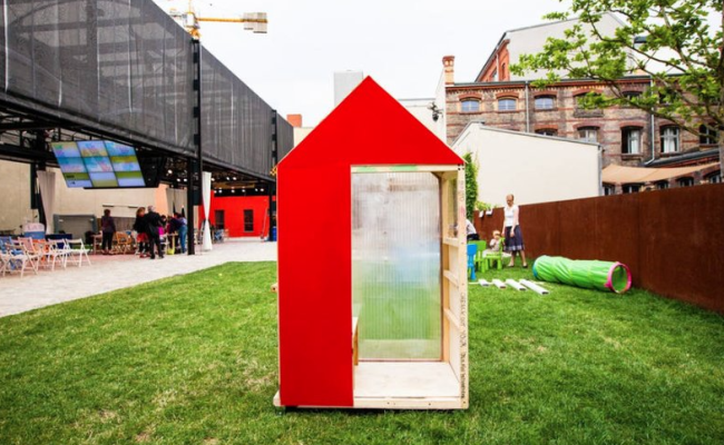 You Can Rent The Smallest House In The World On Airbnb