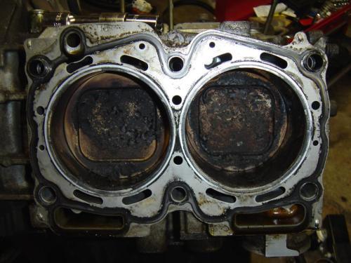 small resolution of a damaged head gasket of a subaru model