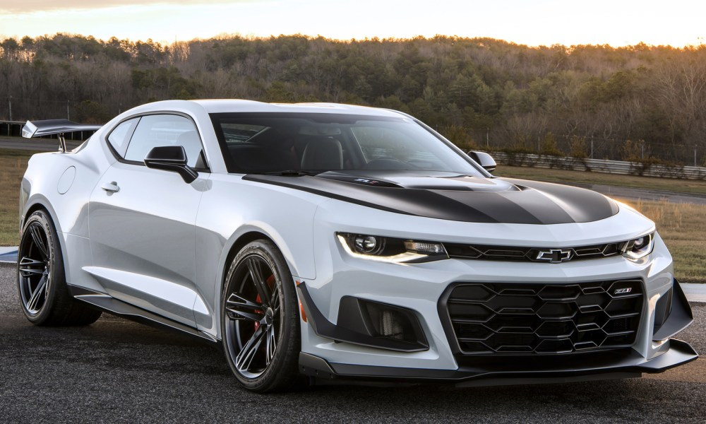 medium resolution of 2018 chevrolet camaro review