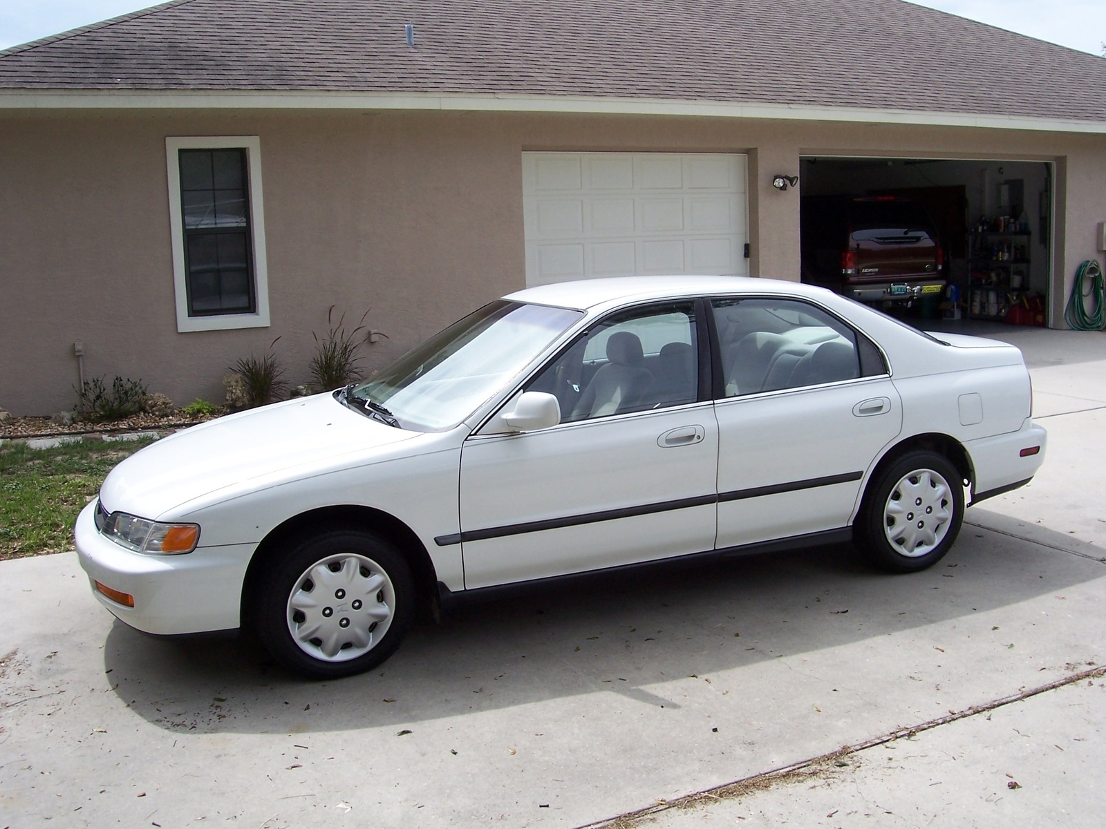 hight resolution of picture of 1997 honda accord lx exterior gallery worthy