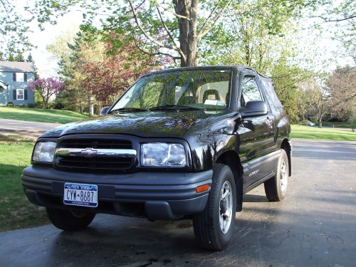 small resolution of 2000 chevrolet tracker overview