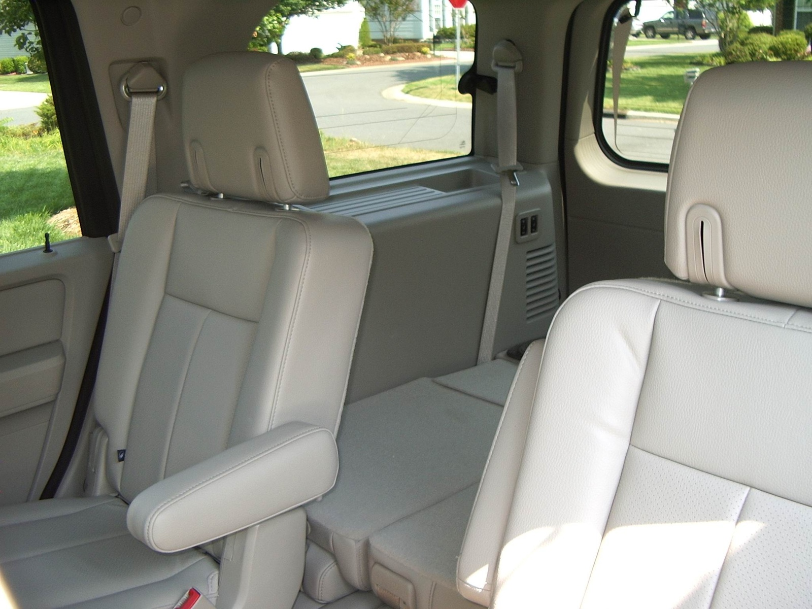 2013 ford explorer captains chairs white rolling dining quad seats 2017 ototrends