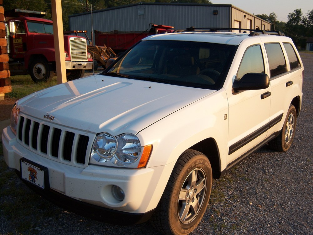 medium resolution of 2005 jeep grand cherokee a
