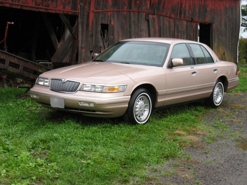 small resolution of cars compared to 1996 lincoln town car