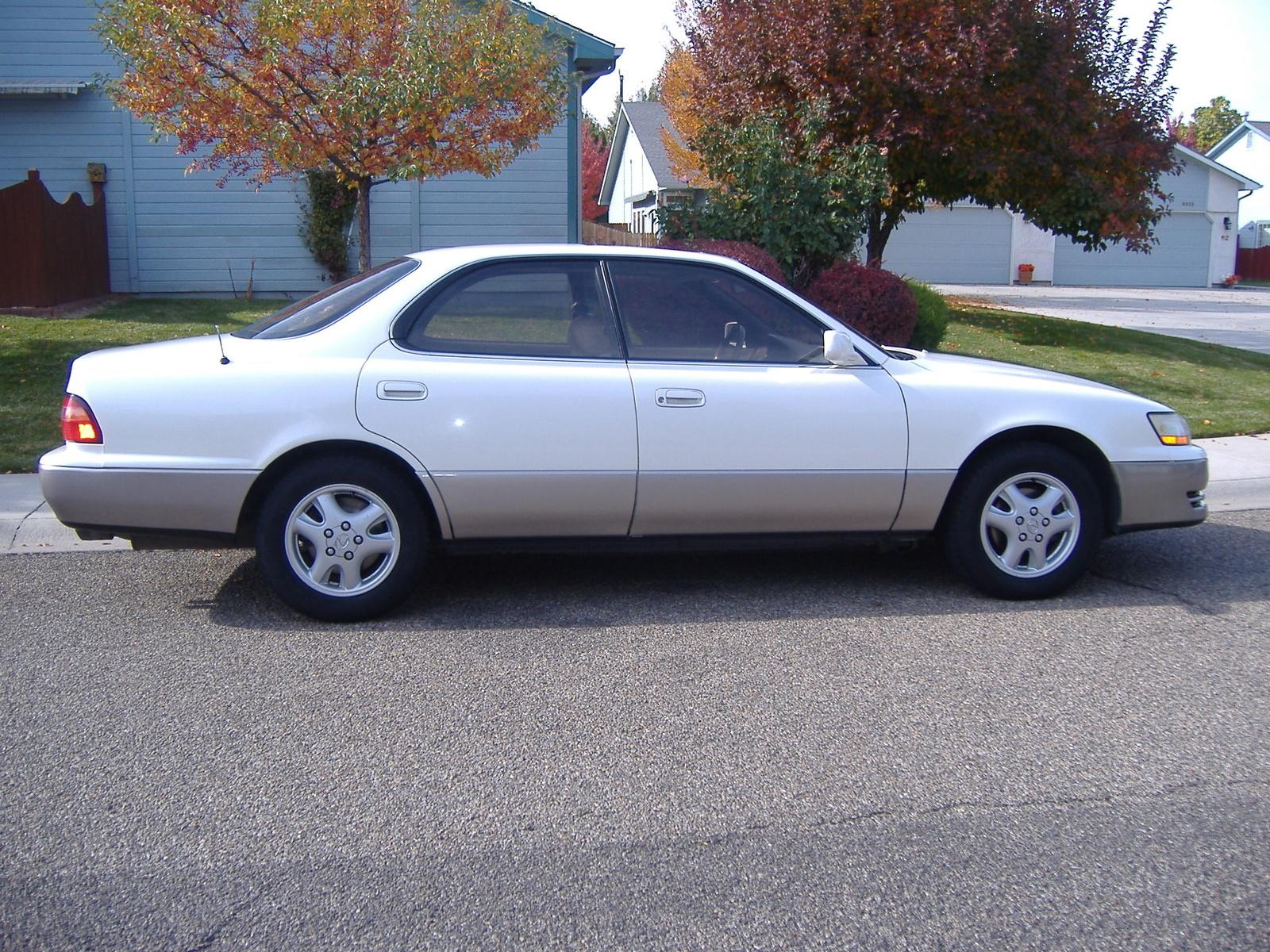 1995 Lexus ES 300 Overview CarGurus