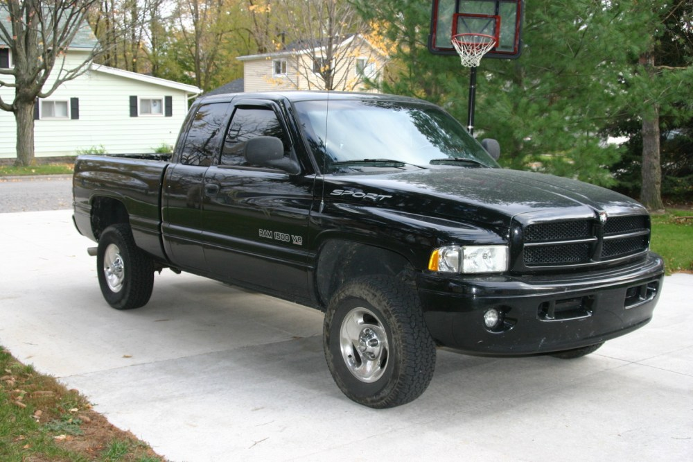 medium resolution of cars compared to 1999 dodge dakota