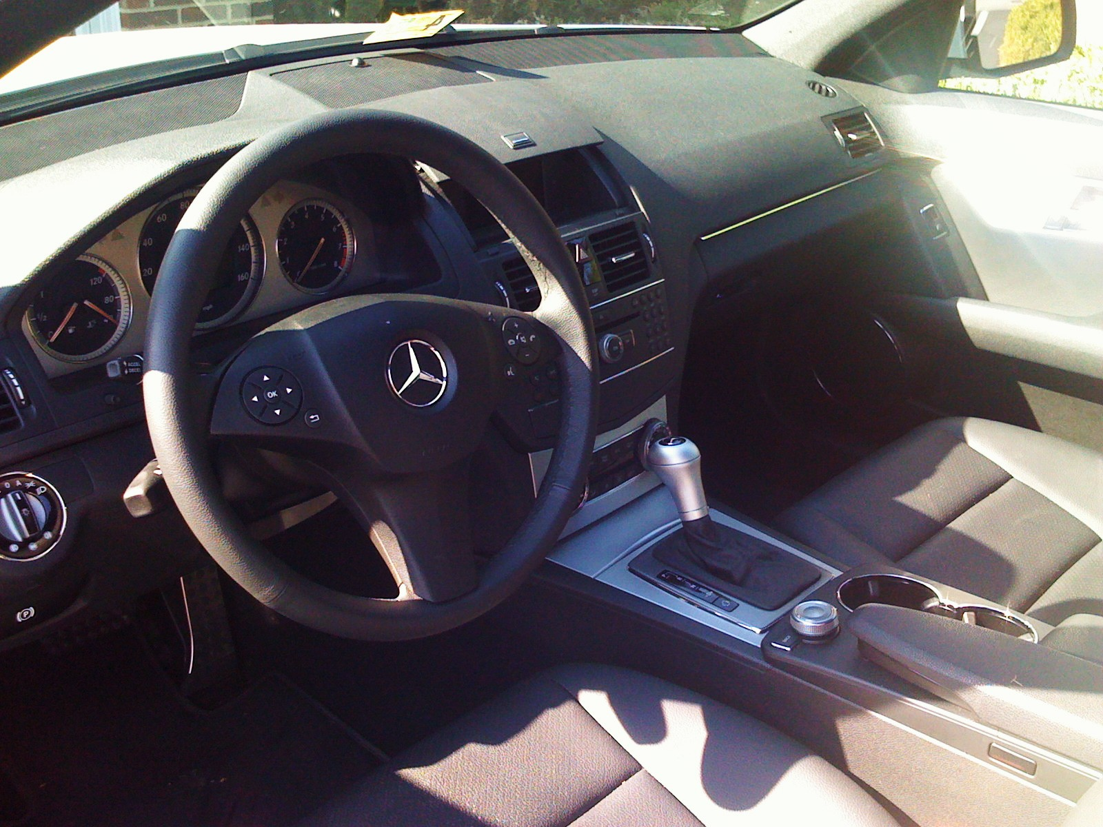 hight resolution of 2008 mercedes benz c class c300 sport picture interior