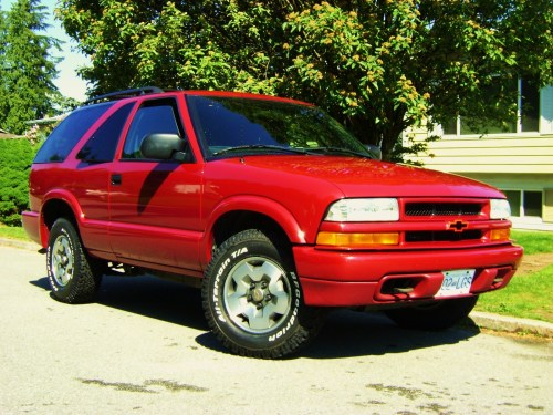 small resolution of 2005 chevrolet blazer overview