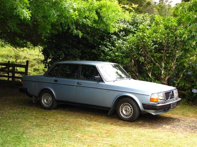 240 Specs Dl Volvo 1988