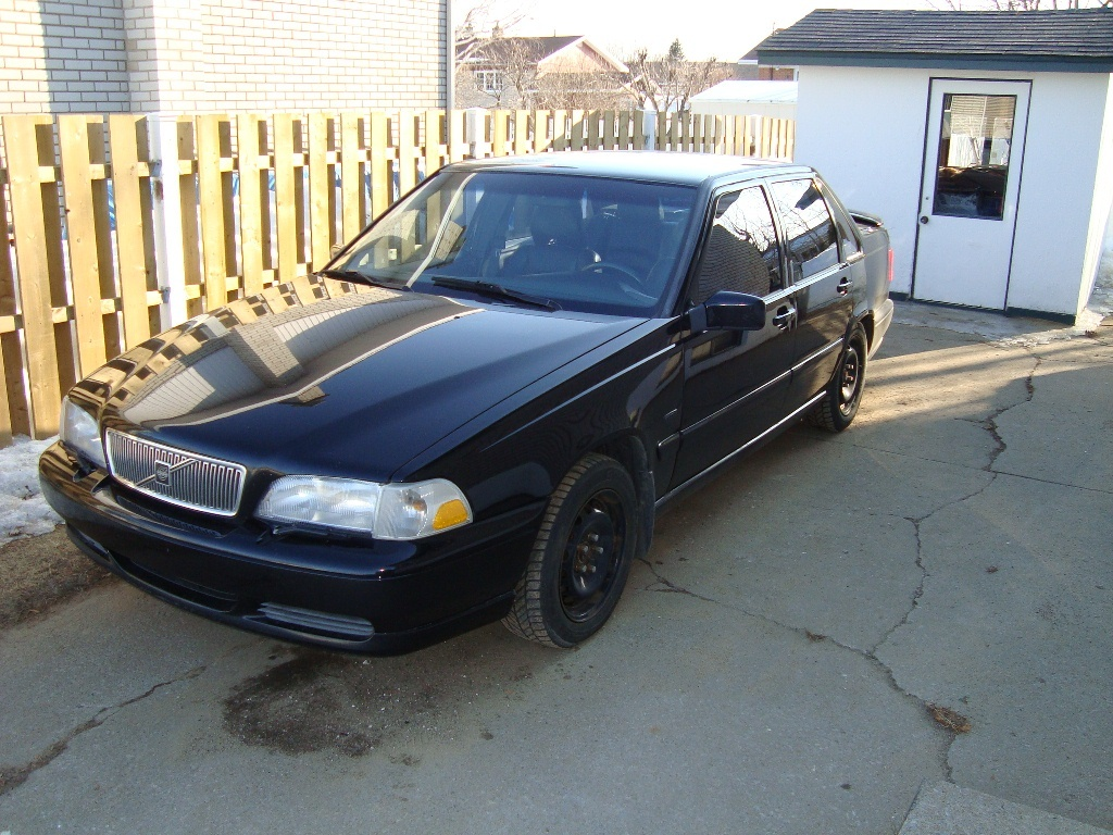 hight resolution of 1998 volvo s70 overview