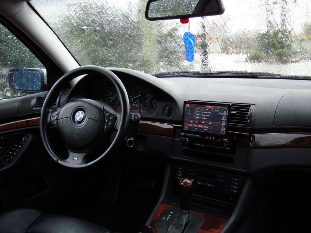 medium resolution of 2000 bmw 540i interior