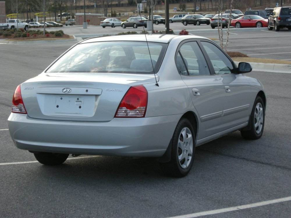 medium resolution of 2004 hyundai elantra