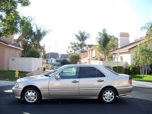 small resolution of cars compared to 1997 mercedes benz e class