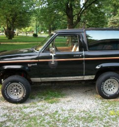 i have a 88 ford bronco ii xlt with vent windows non power window and im wondering how to replace the window seals i bought a brand new clip on type  [ 1600 x 1200 Pixel ]