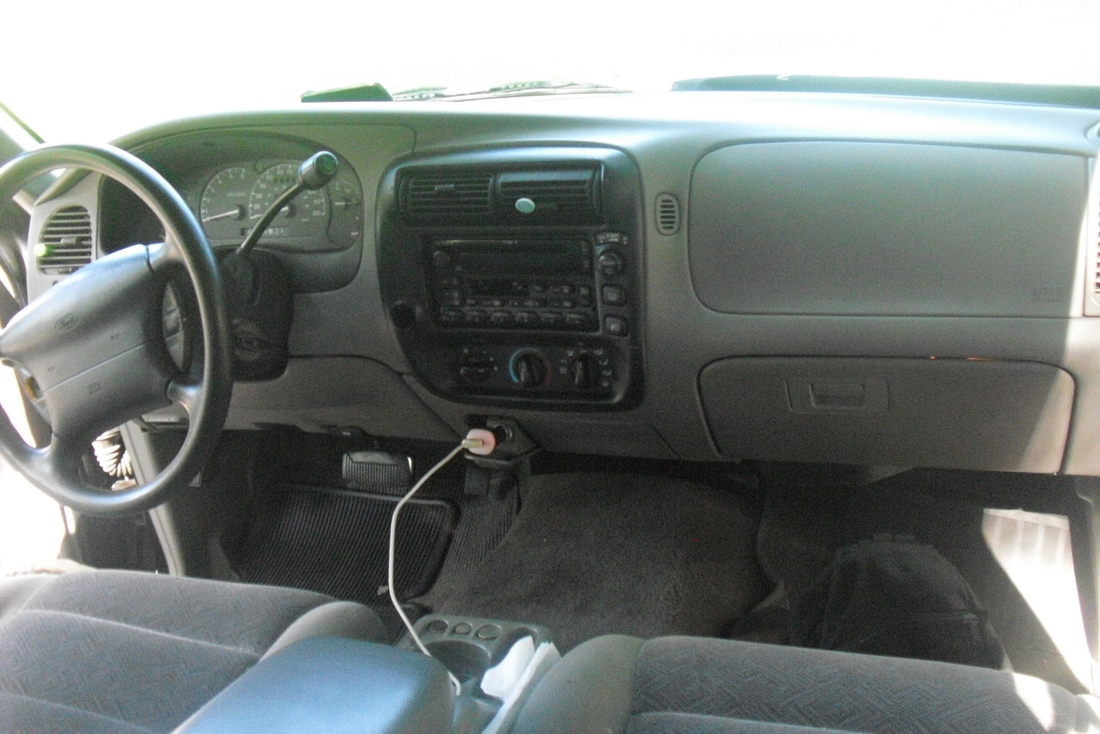 2000 Ford Explorer  Interior Pictures  CarGurus