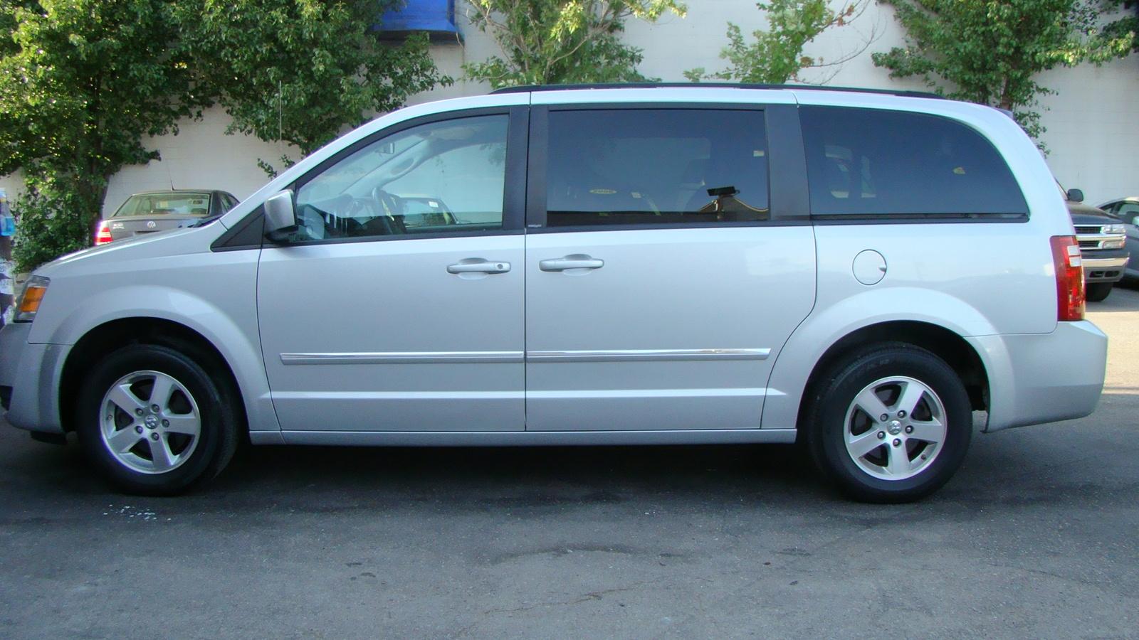 Dodge Grand Caravan Fuse Box Diagram 276x300 2005 Dodge Grand Caravan