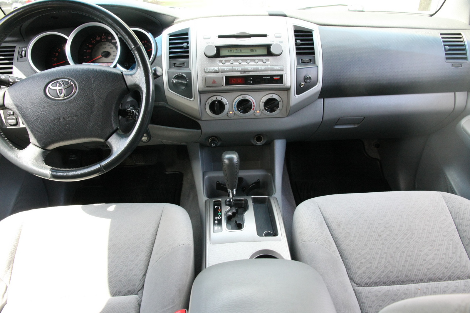 2006 Toyota Tacoma Interior