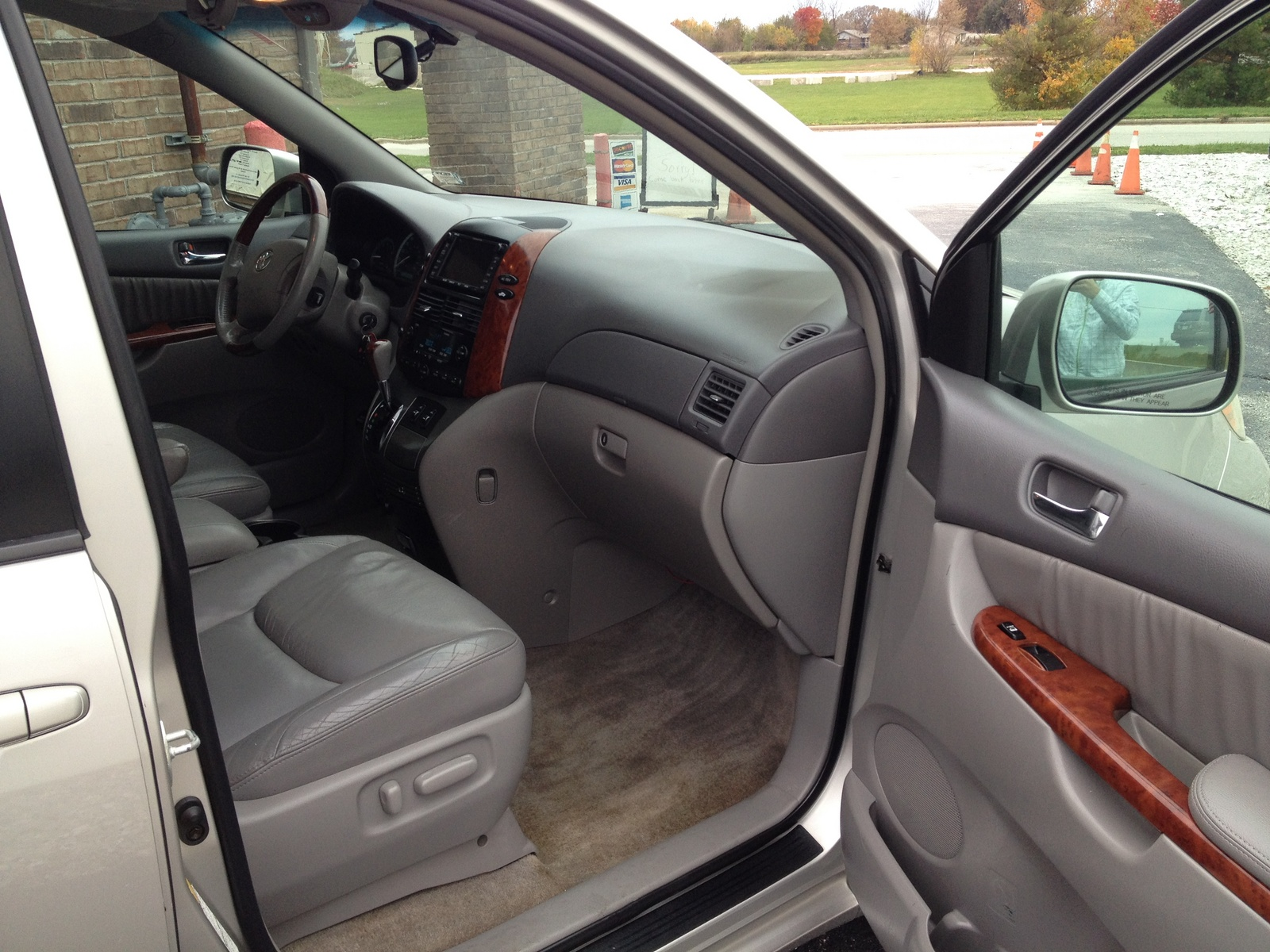 2010 Chrysler Town And Country Interior