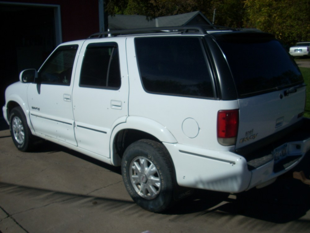 medium resolution of picture of 2000 gmc envoy 4 dr std 4wd suv