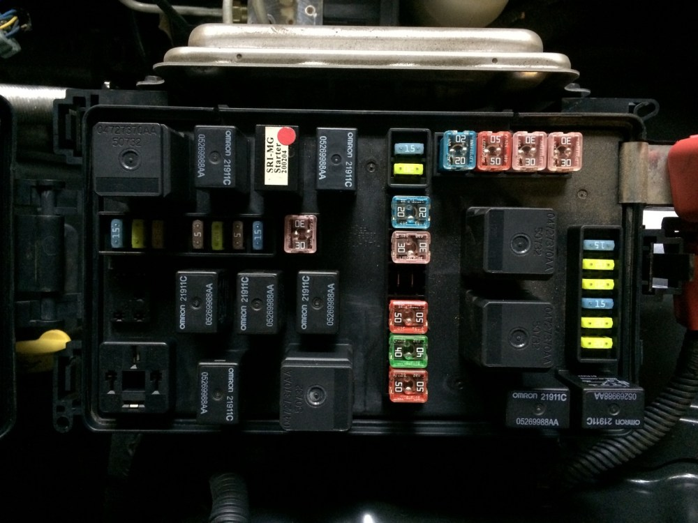 medium resolution of dodge magnum rear fuse box