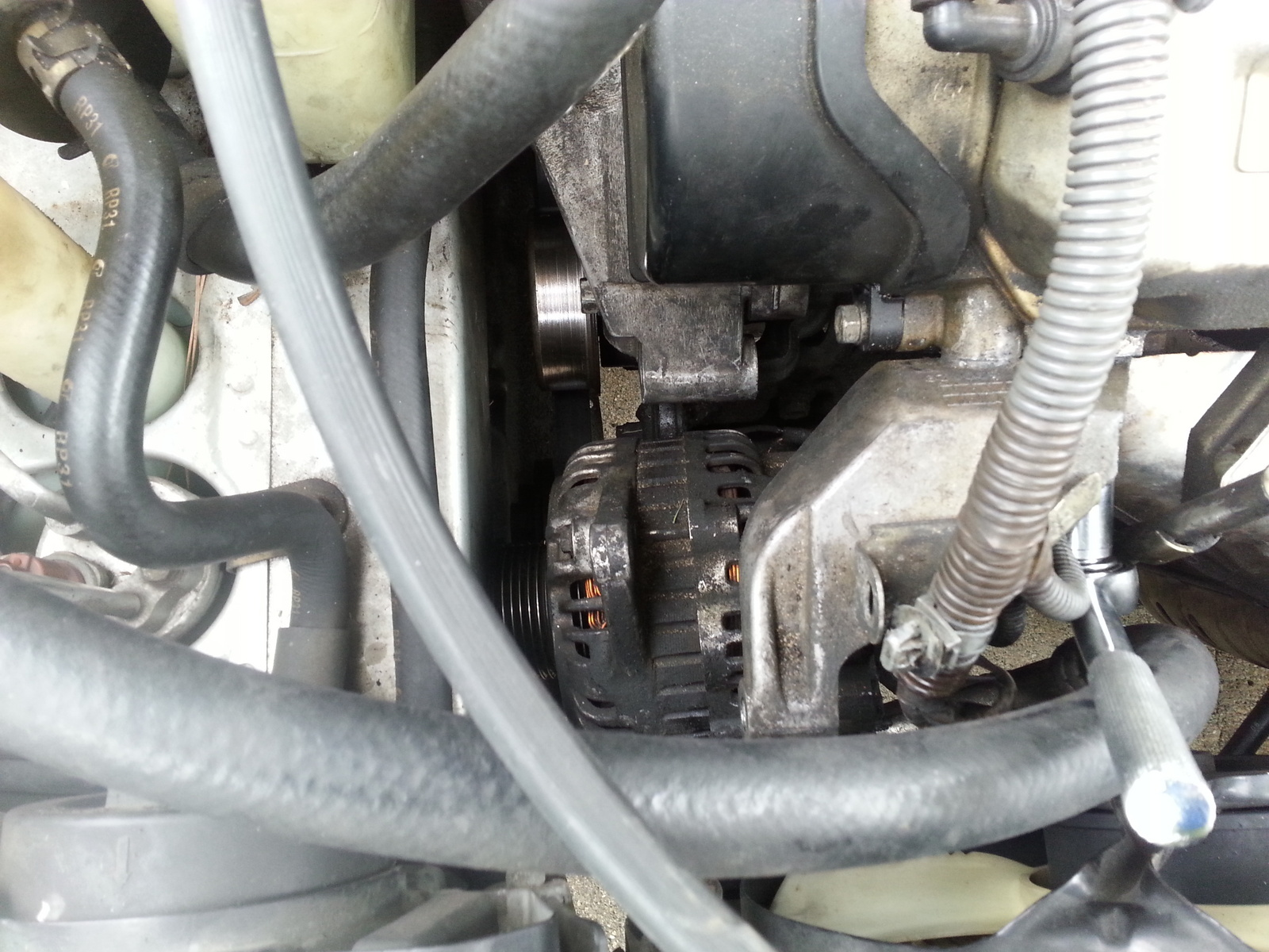 hight resolution of i have uninstalled the alternator to my 2002 mitsubishi galant es v6 but the mounting prevents me from pulling the alternator out