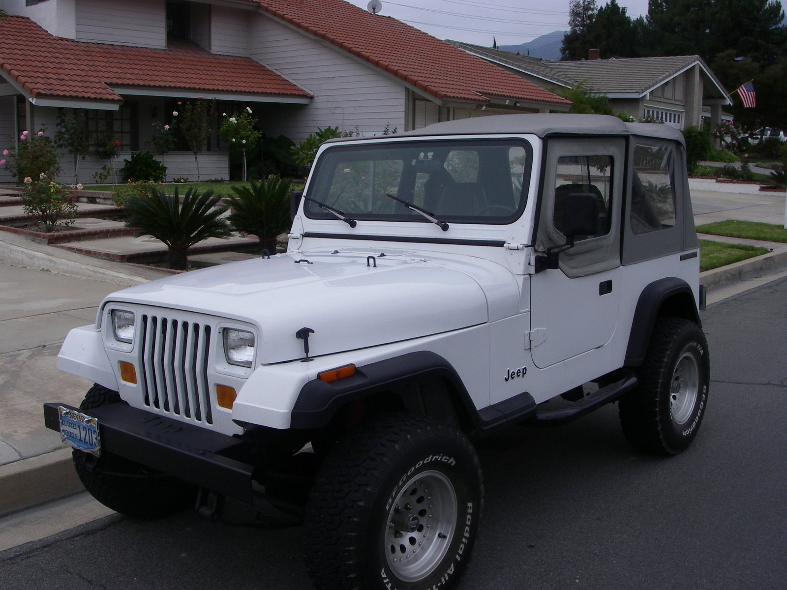 hight resolution of 1989 jeep wrangler overview