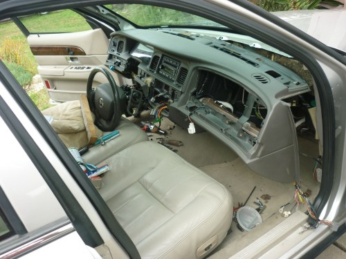 small resolution of where is the blend door actuator on a 2000 mercury grand marquis