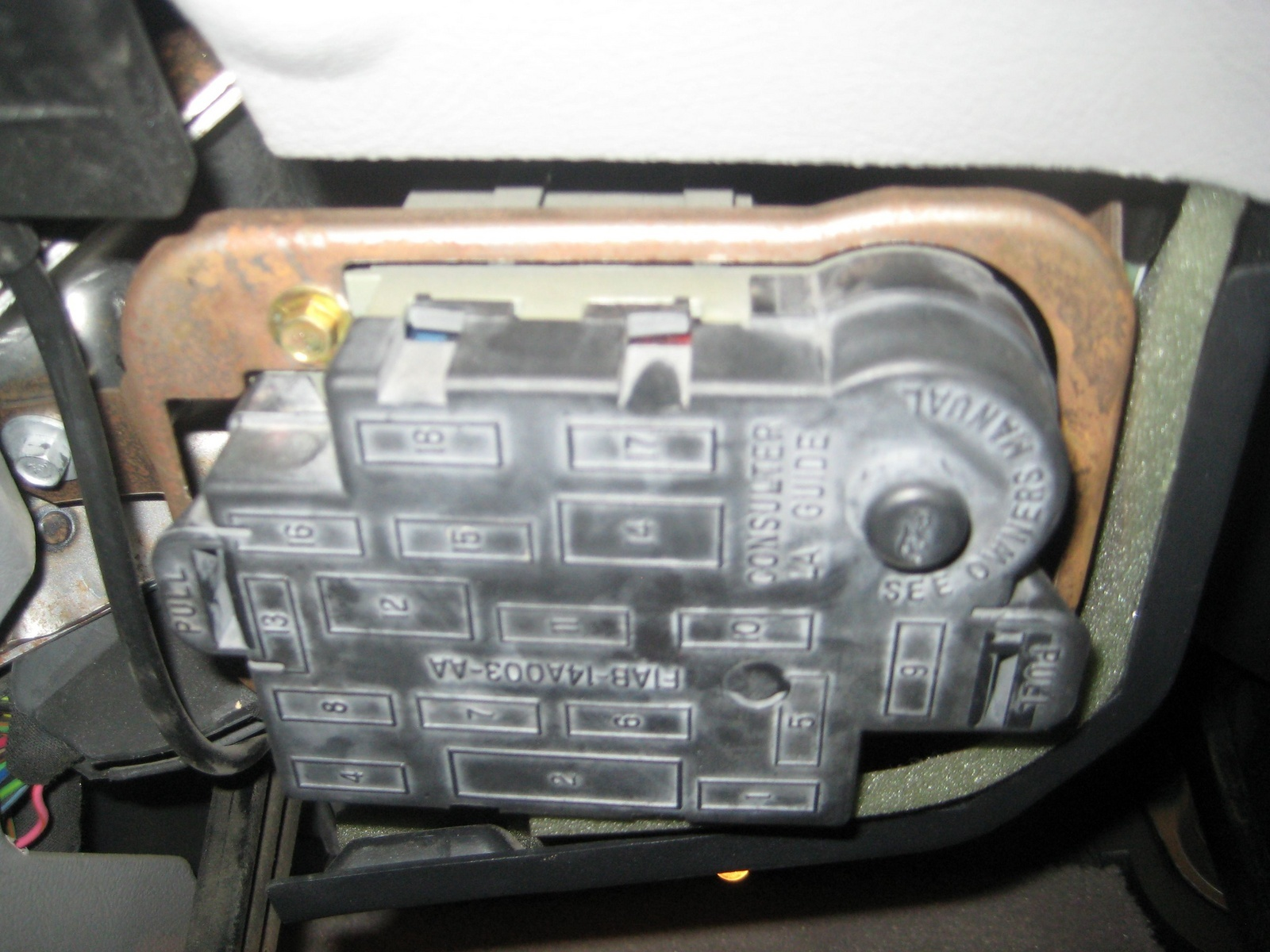 Pressor Relay Location On 1999 Lincoln Town Car Fuse Box Diagram