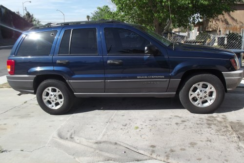small resolution of where is the scaner plug in the vehicle at for a jeep grand cherokee laredo v8 please