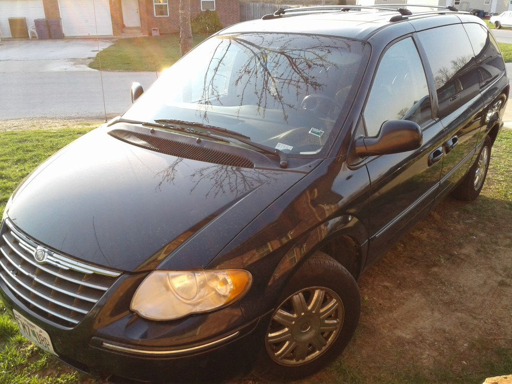 medium resolution of 2006 chrysler town country limited pic 6277327187039299052 1600x1200 jpeg