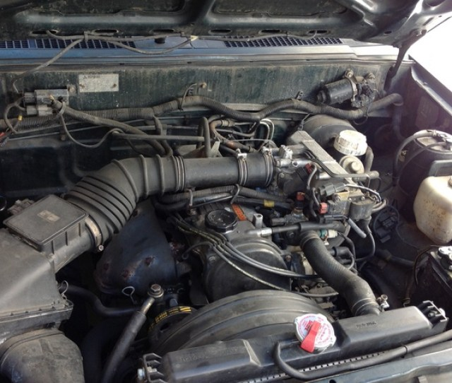 Picture Of  Mitsubishi Mighty Max Pickup  Dr Std Standard Cab Sb Engine