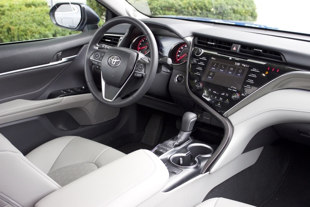 all new camry 2018 interior over kredit grand avanza 2016 toyota pictures cargurus cabin of the gallery worthy