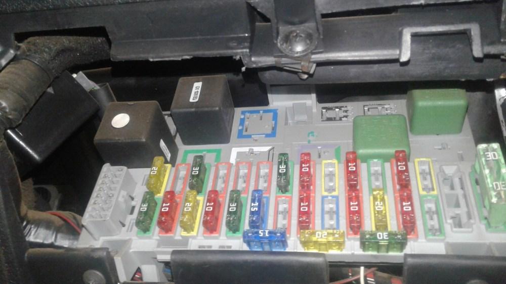 medium resolution of opel corsa questions corsa electrical fault cargurus mark helpful corsa b fuse box removal