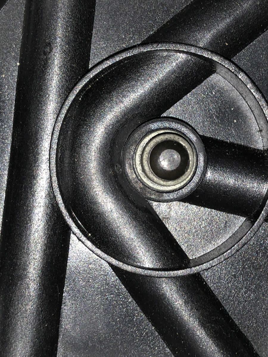 medium resolution of i had the same issue as you will see the 3 path through the distributor goes around the coil path and if you look closely there s a worn area and a hole