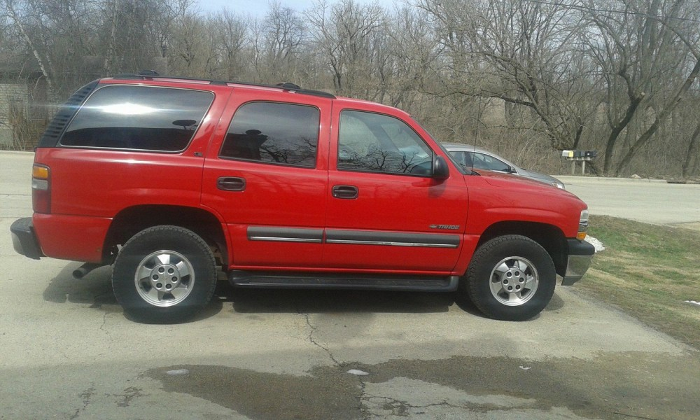 medium resolution of 2002 tahoe with 260k and it runs like brand new had regular maintenance on it
