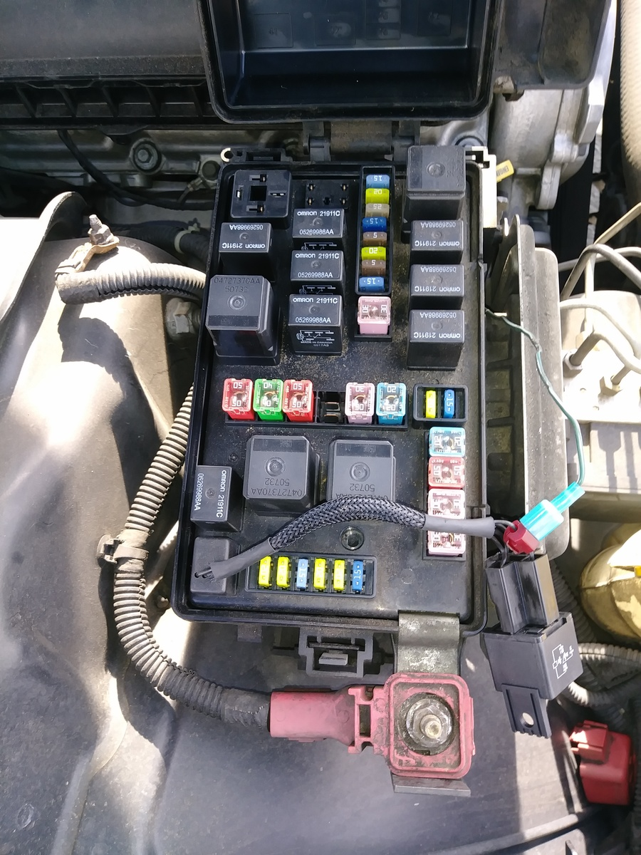 hight resolution of dodge charger questions we re is the cigarette fuse cargurus mark helpful 2011 dodge challenger fuse box location
