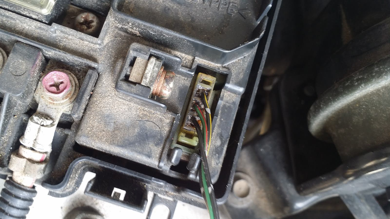 hight resolution of the 3 wires coming from fuse box under hood by the eld is fried or something honda accord questions