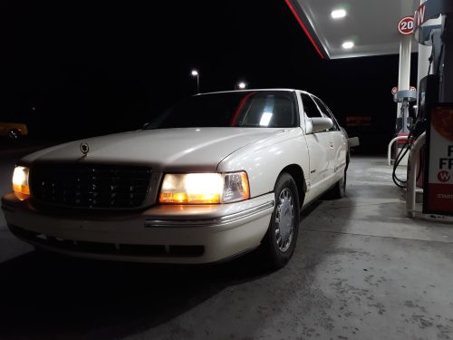 small resolution of cadillac deville questions 1999 cadillac deville clicking fuse boxi work as a desiel mechanic and i