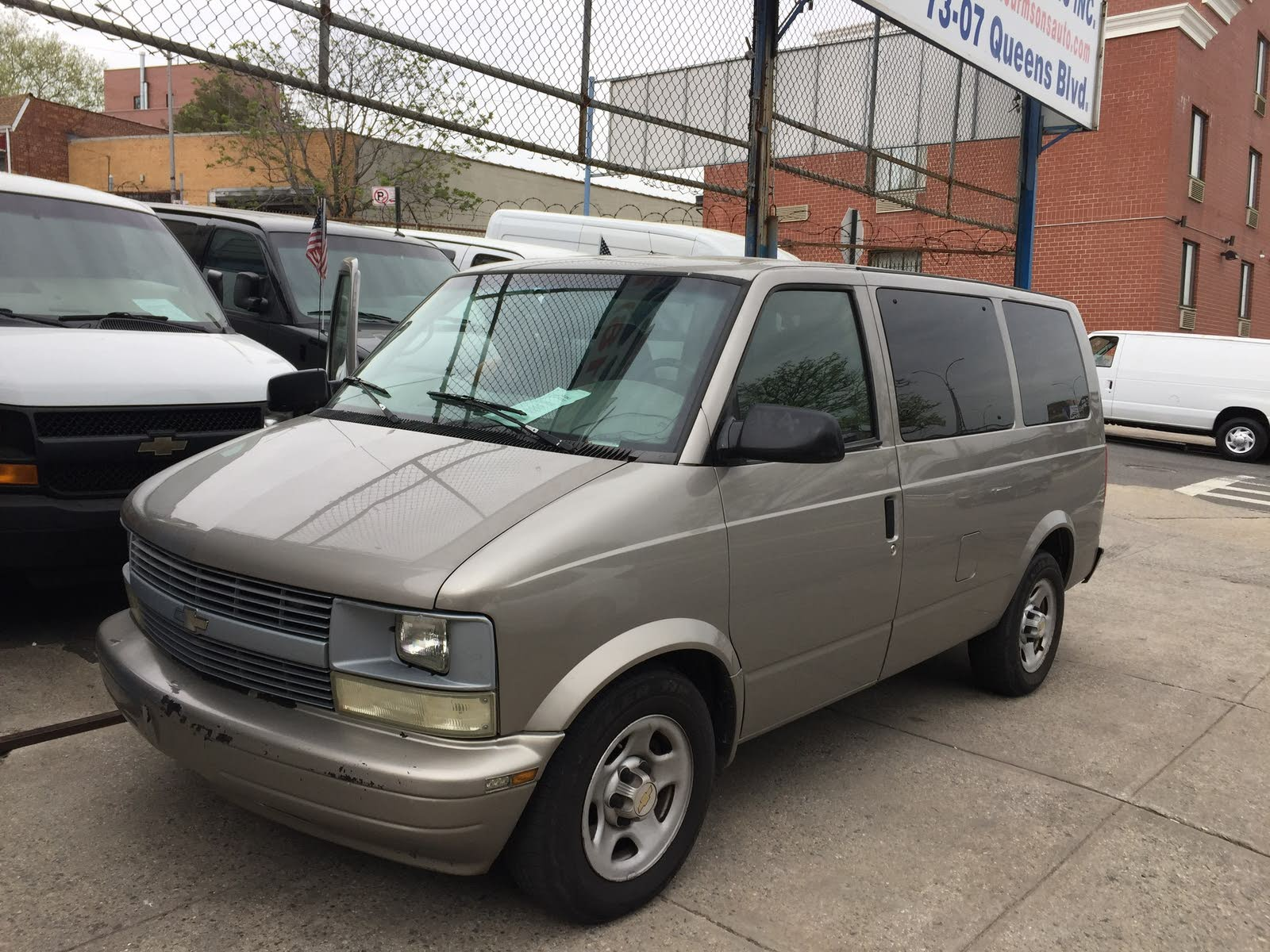 hight resolution of 2005 chevrolet astro overview