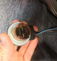 one thing is that the socket that the bulb goes in looks sort of burned or blacked how do i know what to fix should i replace the whole socket piece  [ 900 x 1200 Pixel ]