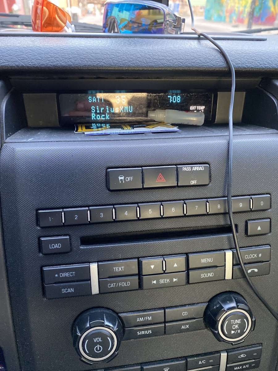 Car Stereo Stopped Working No Power : stereo, stopped, working, power, F-150, Questions, Clock, Flashing,, Radio, CarGurus