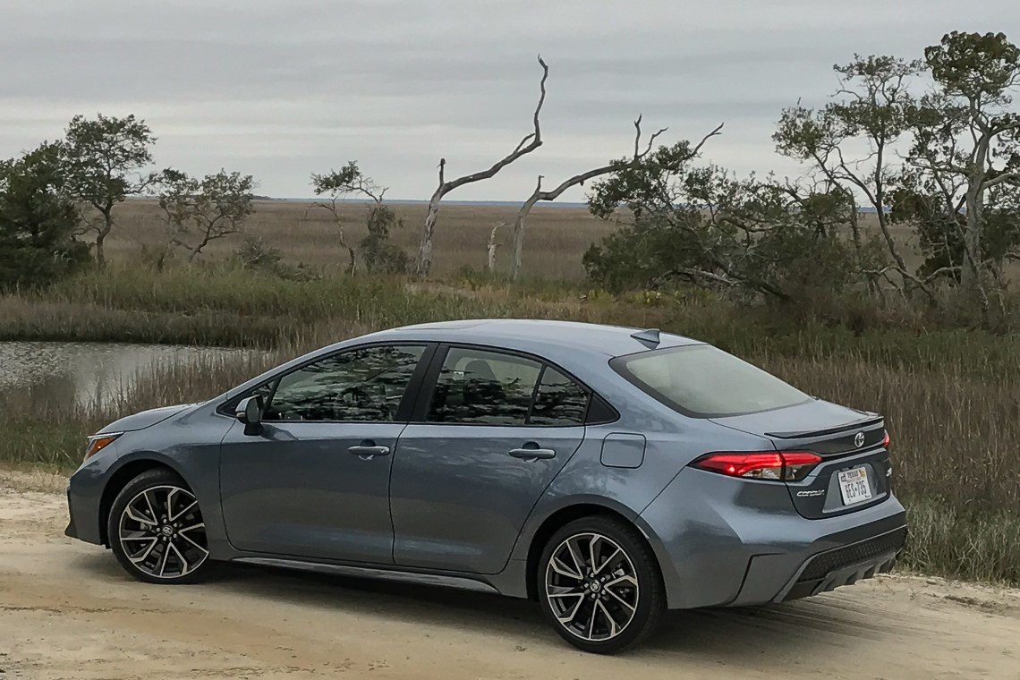 2020 toyota corolla: 9 things we like (and 3 not so much