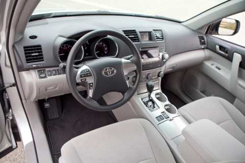 small resolution of so you re driving along in your toyota highlander and the steering wheel pops off