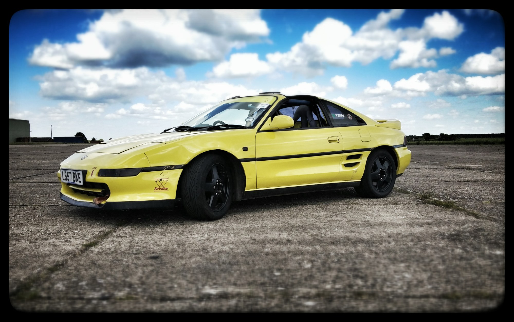 hight resolution of love my yellow peril